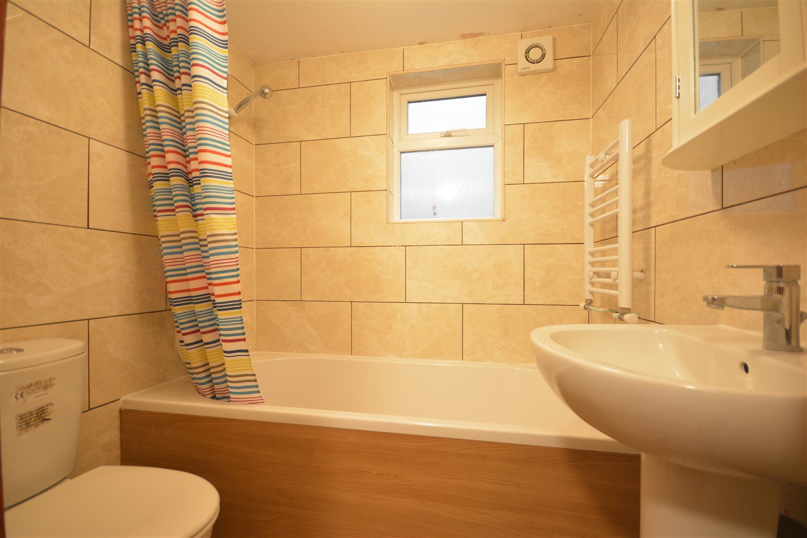 annex bathroom 1.JPG